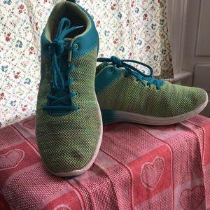 Ladies Vionic Sneakers